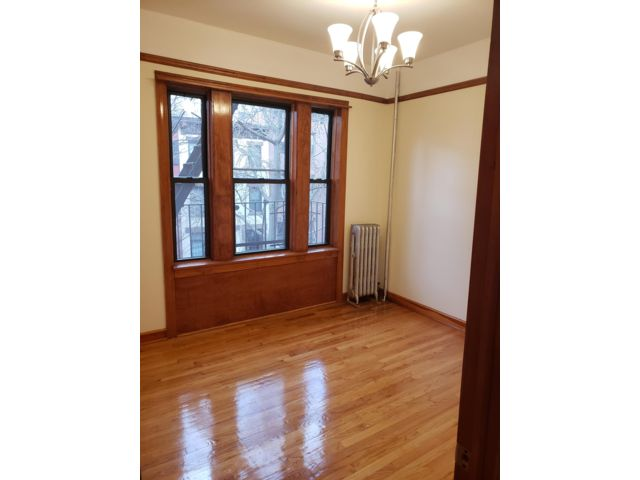 1 BR,  1.00 BTH  Rental style home in Boerum Hill