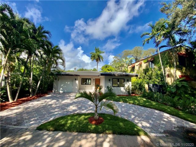3 BR,  2.50 BTH  style home in Coral Gables