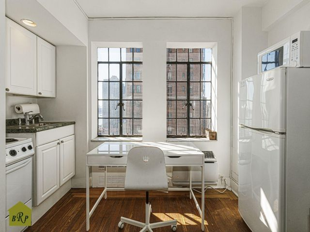 Studio,  1.00 BTH  Co-op style home in New York