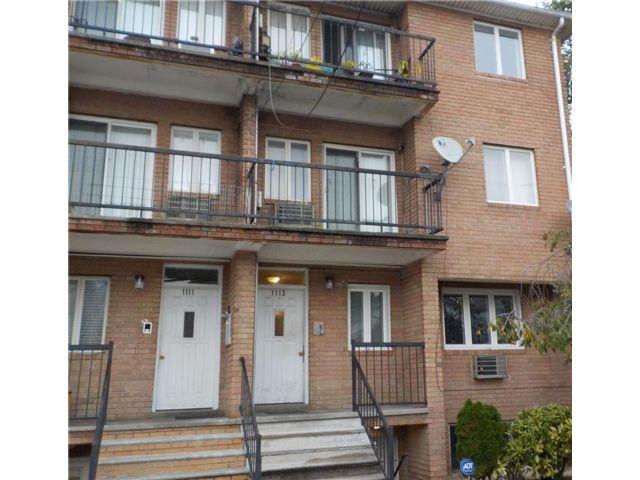 1 BR,  1.00 BTH Condominium style home in Canarsie