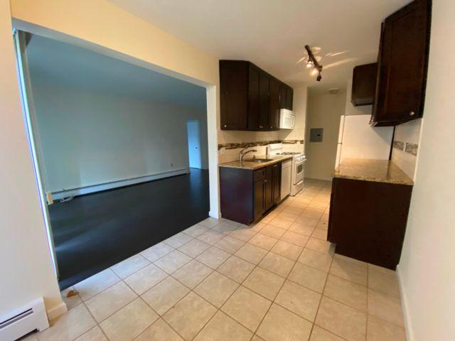[Belleville Real Estate, listing number 6980224]