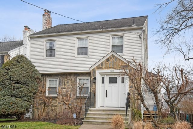 3 BR,  1.55 BTH Colonial style home in Nutley