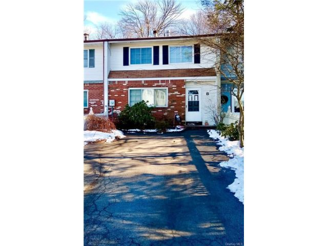 3 BR,  2.00 BTH  Townhouse style home in Middletown
