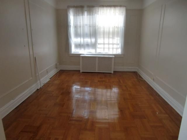 2 BR,  1.00 BTH  style home in Bronx