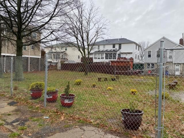 Lot <b>Size:</b> 6450 Land style home in Dongan Hills