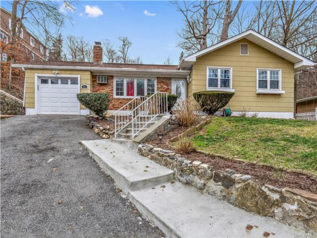[Yonkers Real Estate, listing number 6980735]