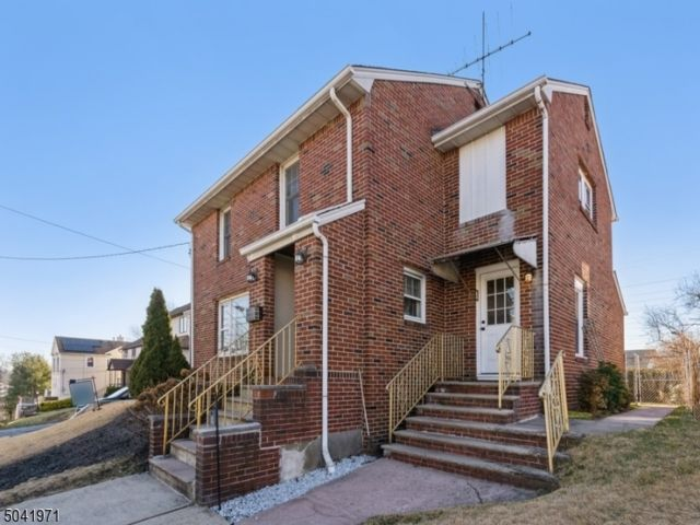 3 BR,  3.00 BTH Colonial style home in Nutley