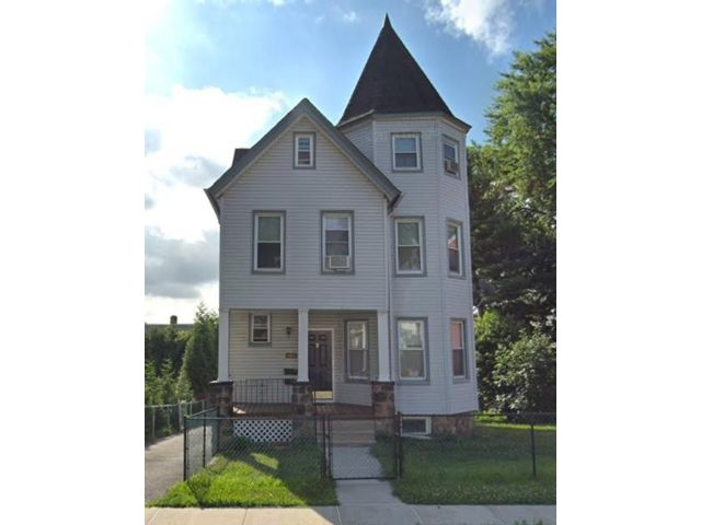 4 BR,  3.50 BTH Other style home in Kearny