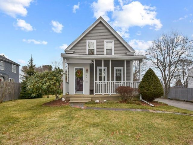 2 BR,  1.50 BTH Colonial style home in Brockton