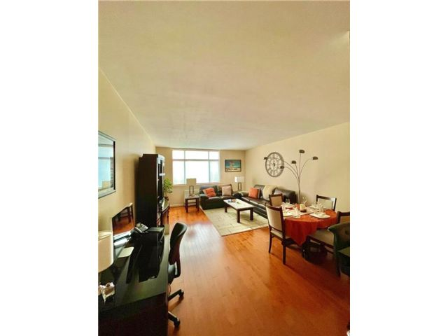 1 BR,  1.00 BTH  Condominium style home in Battery Park City