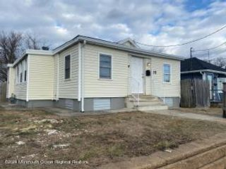 2 BR,  1.00 BTH Ranch style home in Keansburg