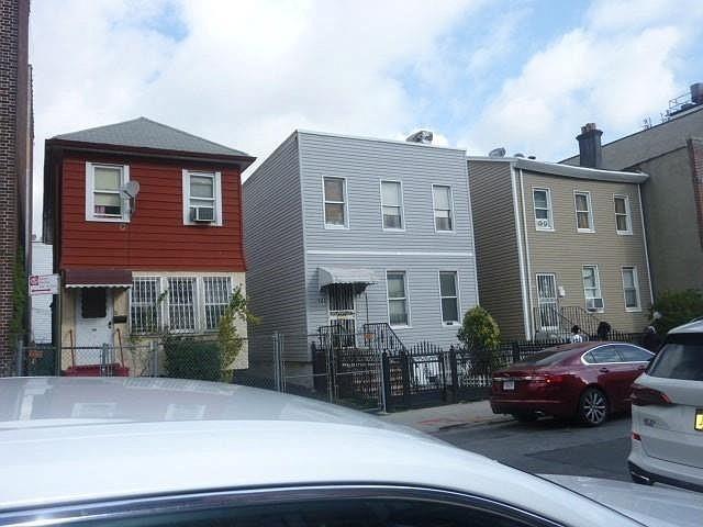 [Flatbush Real Estate, listing number 6981346]