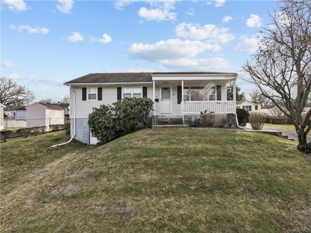 [Stony Point Real Estate, listing number 6981697]