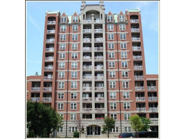 2 BR,  1.50 BTH  Condominium style home in Brighton Beach