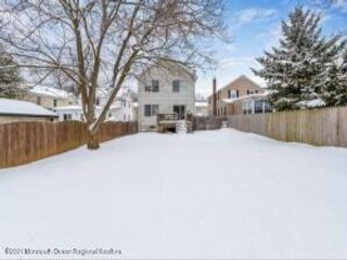 3 BR,  2.50 BTH  Colonial style home in Red Bank