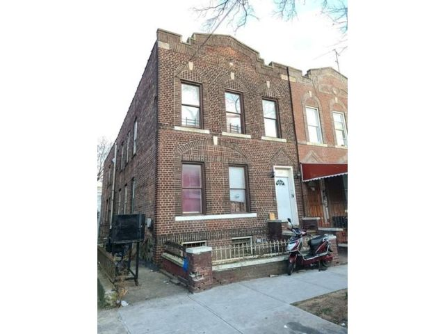 7 BR,  0.00 BTH Multi-family style home in Brownsville