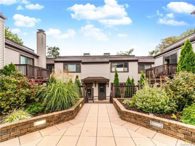 [Yonkers Real Estate, listing number 6982737]