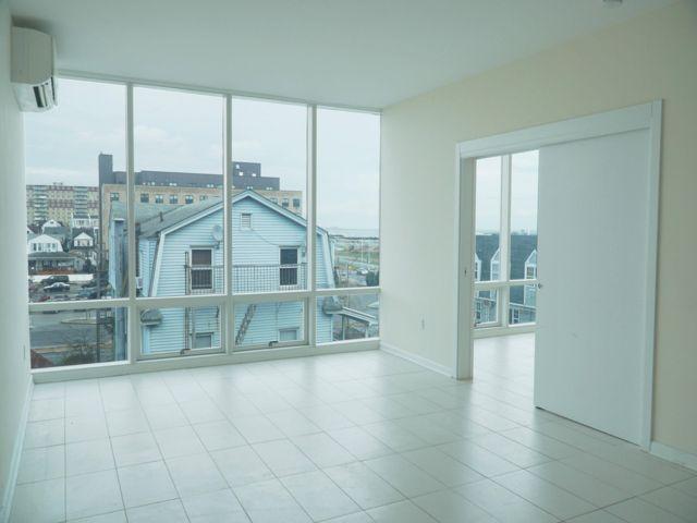 1 BR,  1.00 BTH Apartment style home in Rockaway Beach