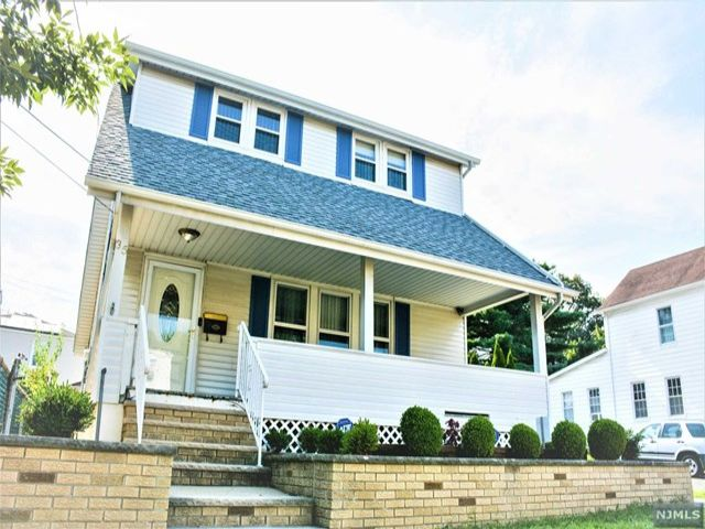 [Clifton Real Estate, listing number 6983435]