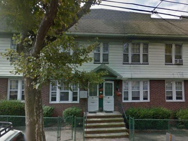 1 BR,  1.00 BTH  style home in Kearny