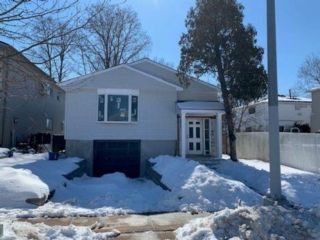 4 BR,  2.00 BTH  Single family style home in Westerleigh