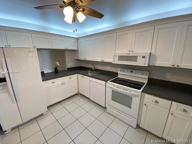 2 BR,  2.00 BTH   style home in Boca Raton