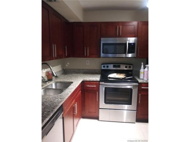 2 BR,  2.00 BTH  style home in Lauderdale Lakes