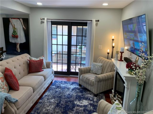 2 BR,  2.50 BTH  style home in Coral Gables