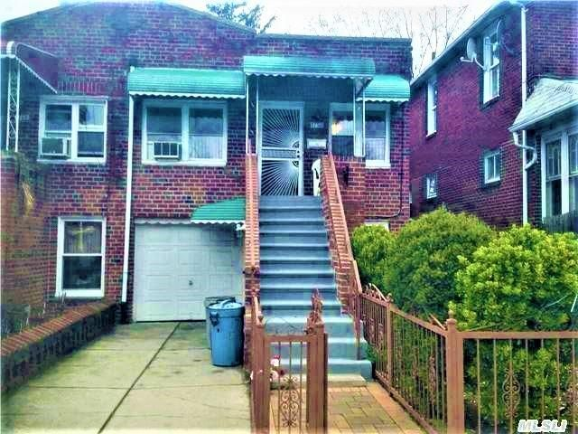 4 BR,  2.00 BTH 2 story style home in Bergen Beach