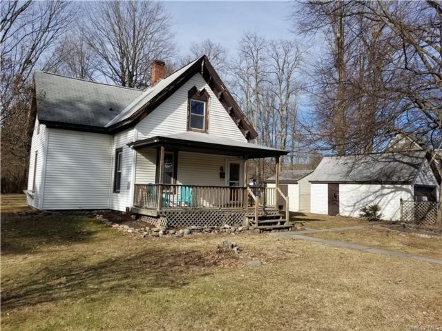 2 BR,  1.00 BTH  2 story style home in Ellenville