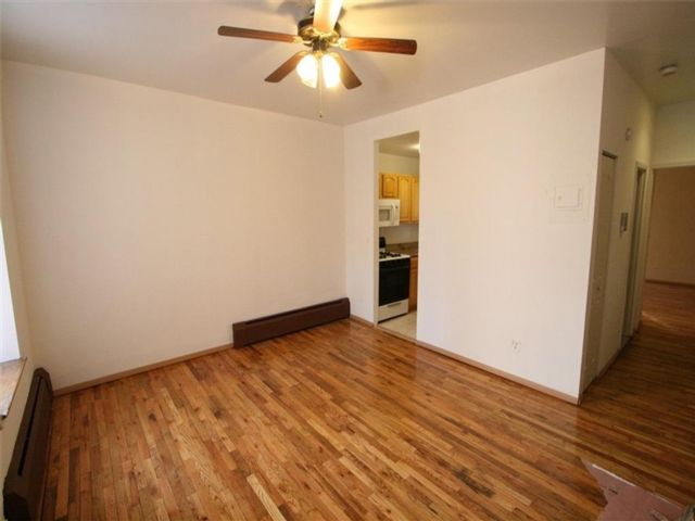 1 BR,  1.00 BTH  Co-op style home in Sunset Park