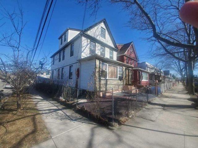 [Jamaica Real Estate, listing number 6984886]