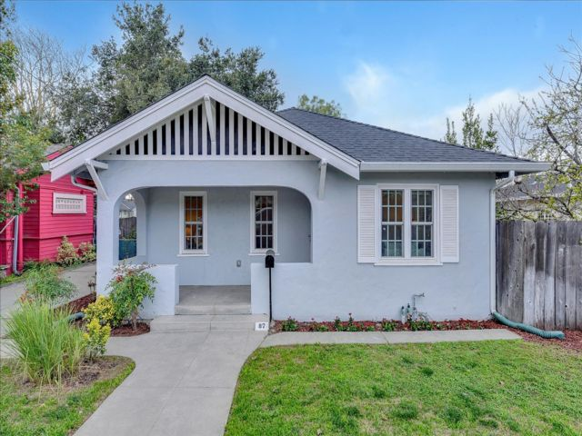 2 BR,  1.50 BTH Bungalow style home in San Jose