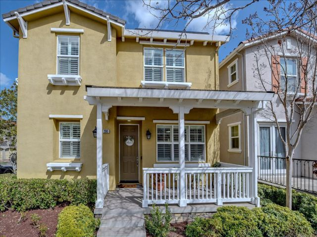 3 BR,  2.50 BTH 2 story style home in San Jose
