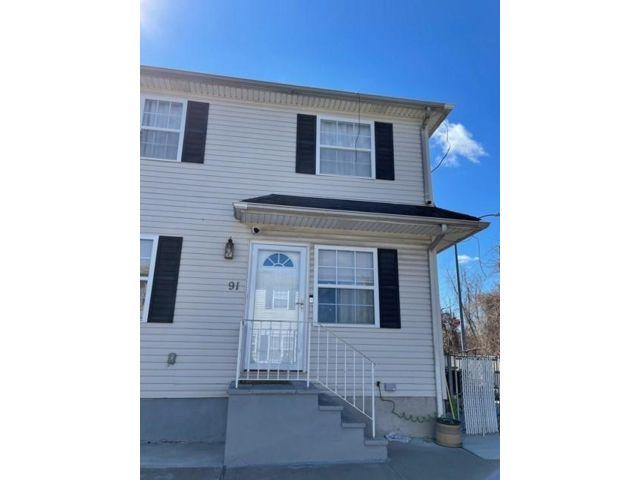 [Concord Real Estate, listing number 6985076]
