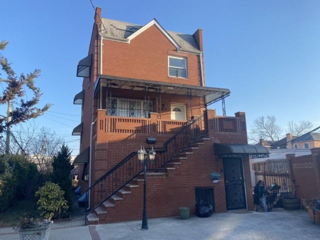 6 BR,  4.00 BTH Multi-family style home in Old Mill Basin