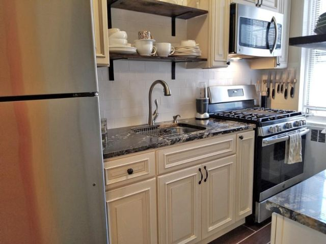 2 BR,  1.00 BTH Co-op style home in Bronxville
