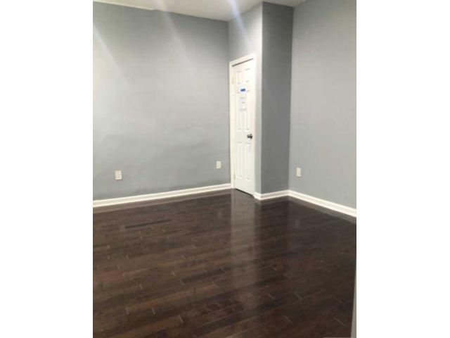 2 BR,  1.00 BTH  Apartment style home in Jersey City