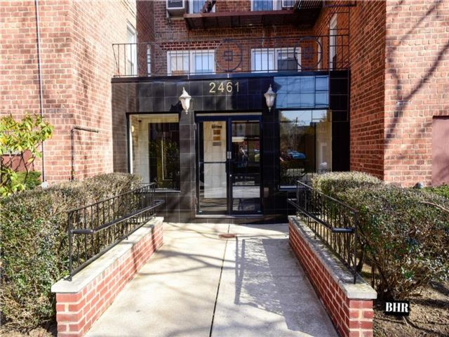 3 BR,  1.00 BTH Co-op style home in Sheepshead Bay