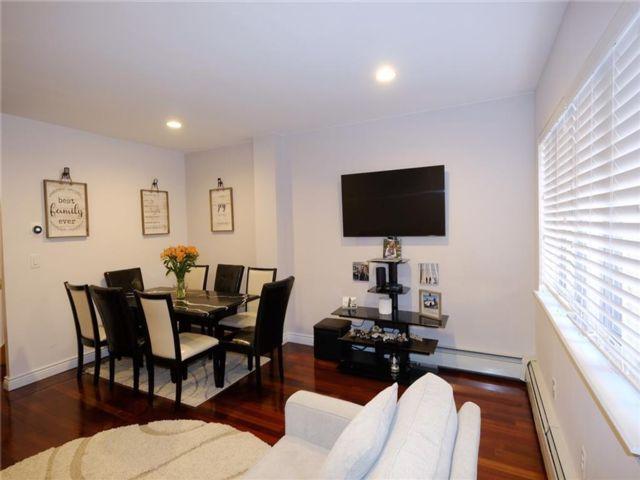 2 BR,  3.00 BTH Condominium style home in Sheepshead Bay