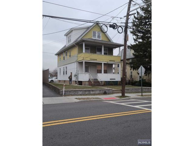 2 BR,  2.00 BTH 2 family style home in East Rutherford