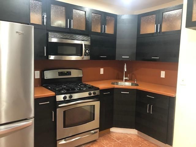 [Homecrest Real Estate, listing number 6986041]