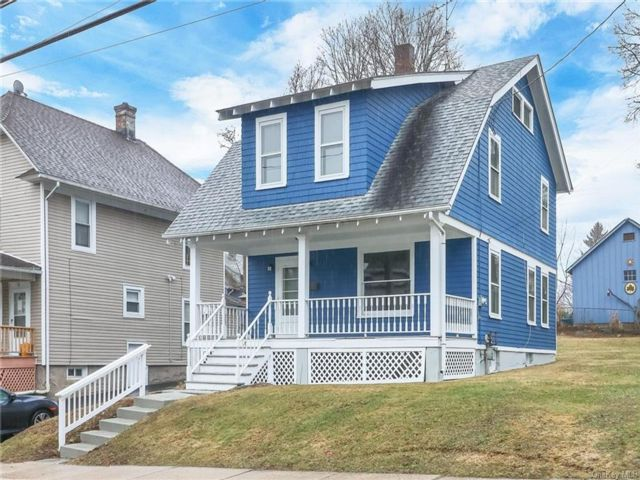 2 BR,  2.00 BTH Farmhouse style home in Middletown