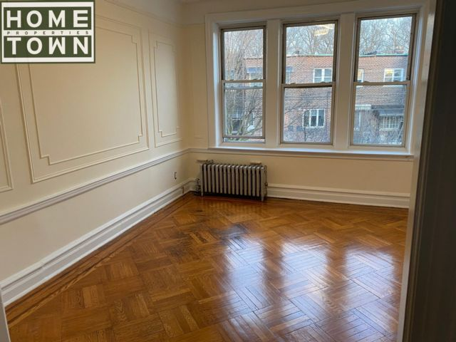 3 BR,  1.00 BTH Rental style home in Brooklyn