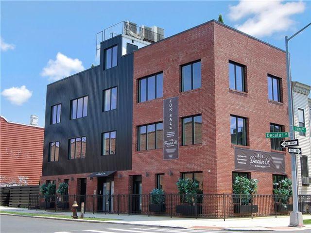 2 BR,  1.00 BTH Condominium style home in Ridgewood