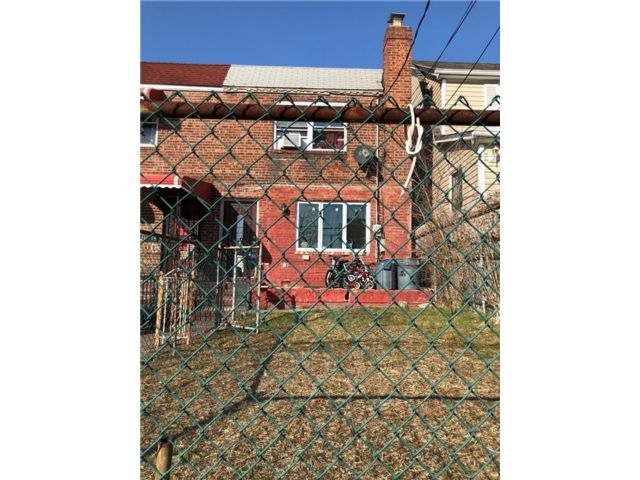 2 BR,  2.00 BTH Single family style home in Cambria Heights