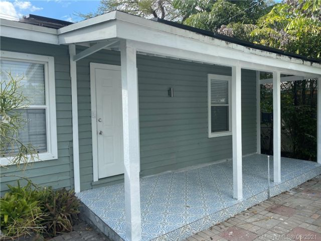 2 BR,  2.00 BTH  style home in Wilton Manors