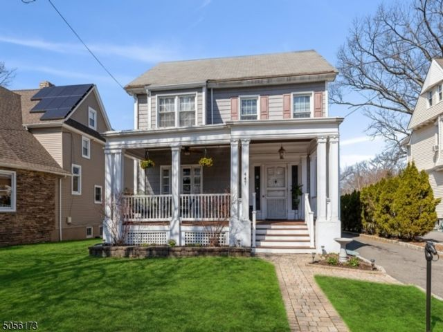 4 BR,  2.50 BTH  Colonial style home in Nutley