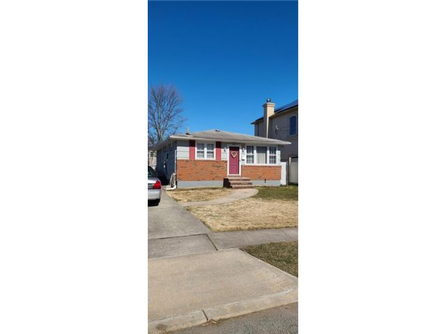 3 BR,  1.00 BTH  Single family style home in Woodrow