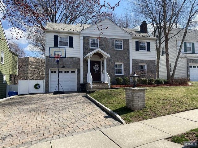 3 BR,  3.50 BTH Colonial style home in Rutherford